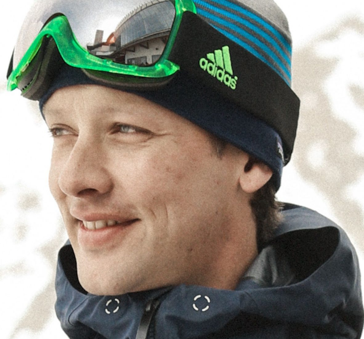 Christoph Mitterer ist Schnee- und Lawinenforscher und fachlicher Koordinator im Projekt ALBINA. Mitarbeiter des Lawinenwarndienstes Tirol. Liebt Pulver, Firn und Nassschnee. Aber vor allem philosophiert er gerne über die Lawinenvorhersage und ihre Gefahren.