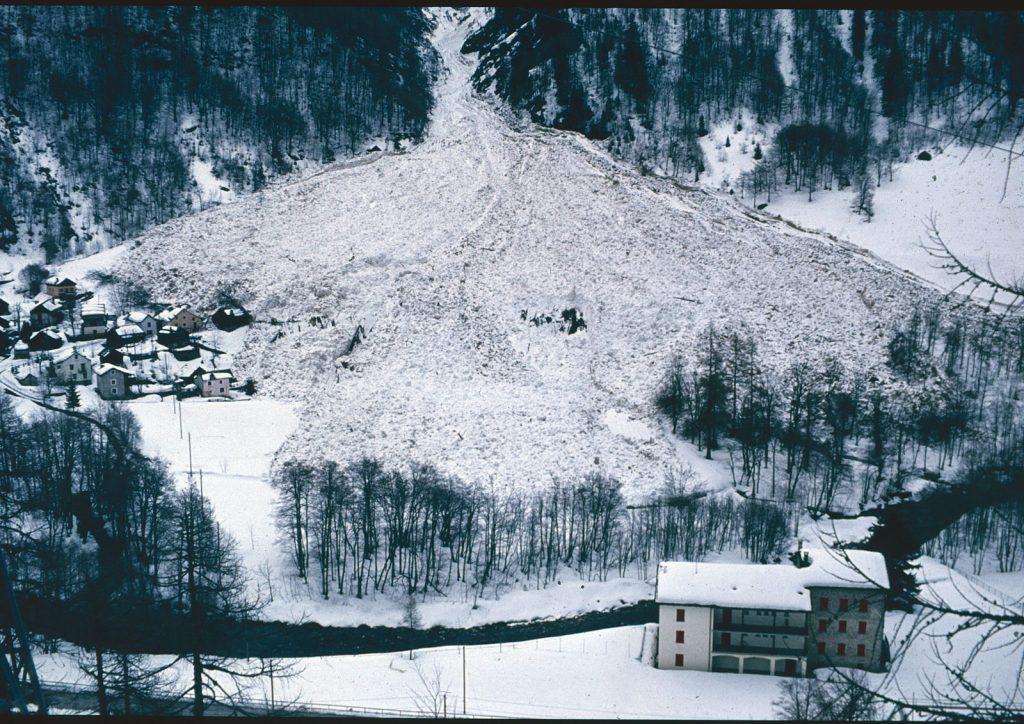 Lawine Größe 5, Mogno 1986, Foto: SLF I bergundsteigen.blog