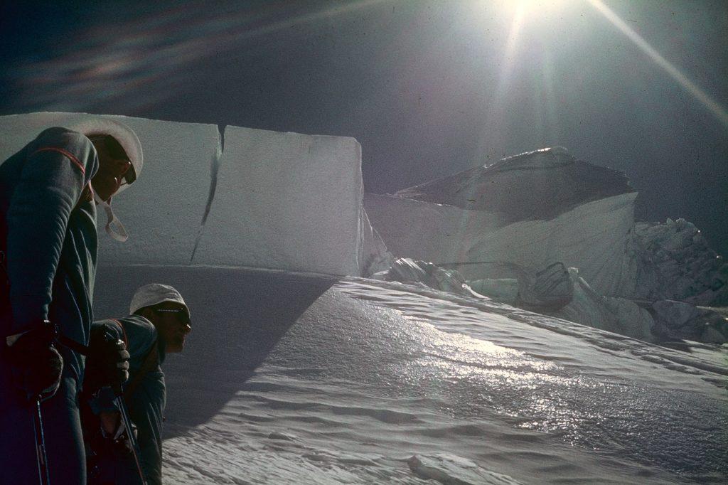 Monte Rosa Gletscher. Der lange Weg, Alpenüberquerung 1971, Klaus Hoi; Pic Archiv Hoi. I bergundsteigen.blog