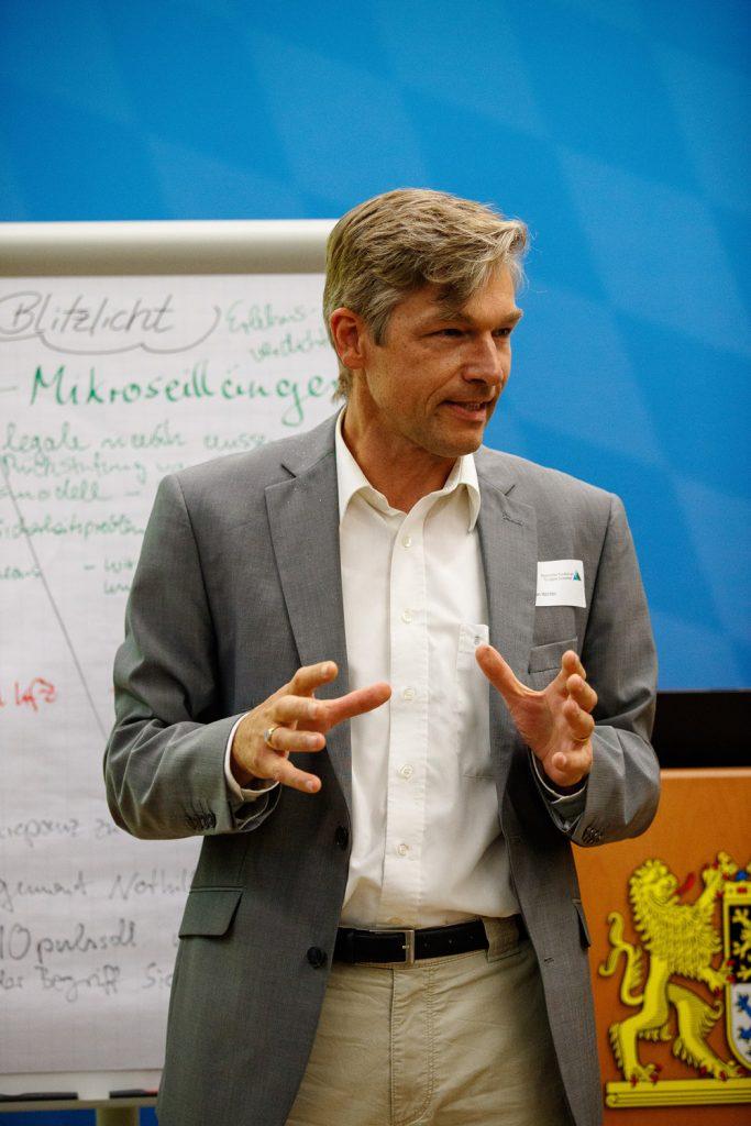 Stefan Winter ist zweiter Vorsitzender des Bayerischen Kuratorium für alpine Sicherheit und arbeitet beim DAV als Ressortleiter Sportentwicklung – Bergführer ist es übrigens auch. ©Marco Kost