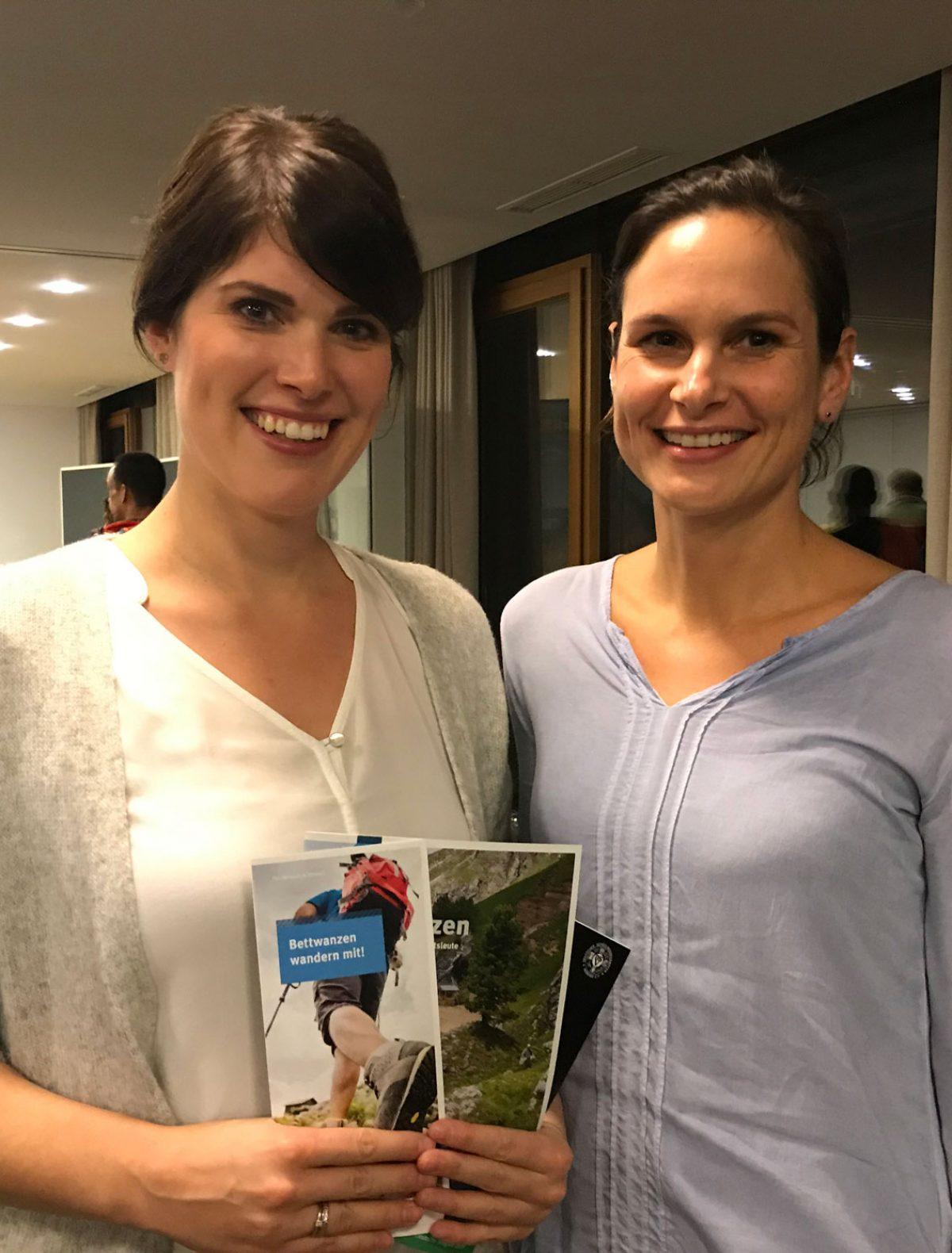 Dr. Arlette Vander Pan und Dr. Anne Krüger starten 2020 einen Feldversuch mit Kieselgur. @ Christina Schwann I bergundsteigenblog