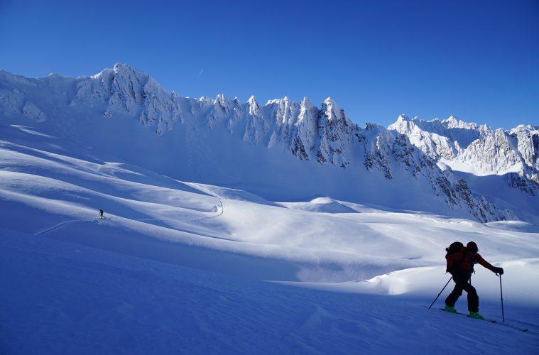 Skitourenausrüstung 2020/21 Klassik I bergundsteigen.blog