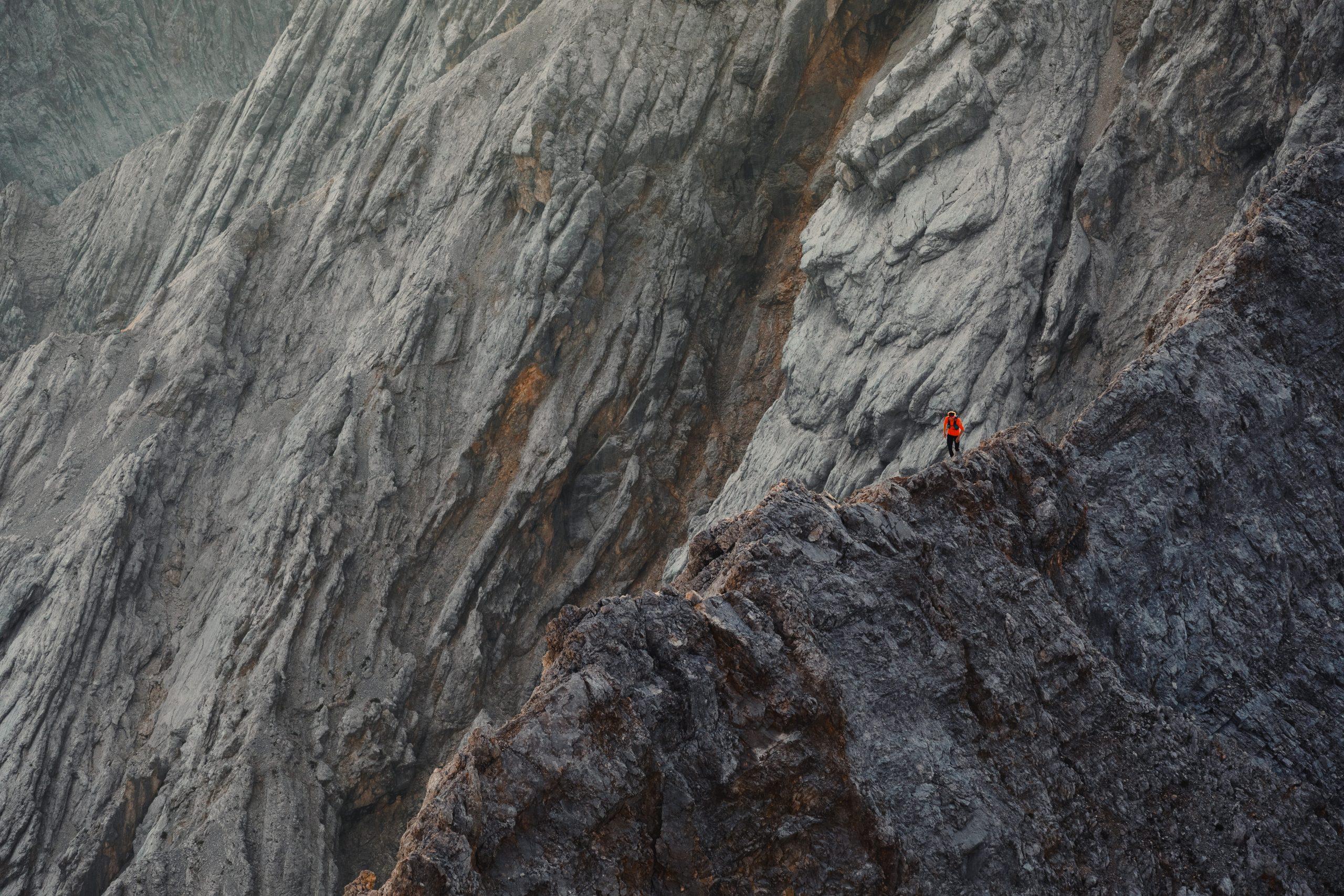 Von Albert gibt es leider keine Bilder vom Wettersteingrat. Hier ein Bild von Michi Wohlleben, den vorherigen Rekordhalter am Grat. Fotos: Jakob Schweighöfer