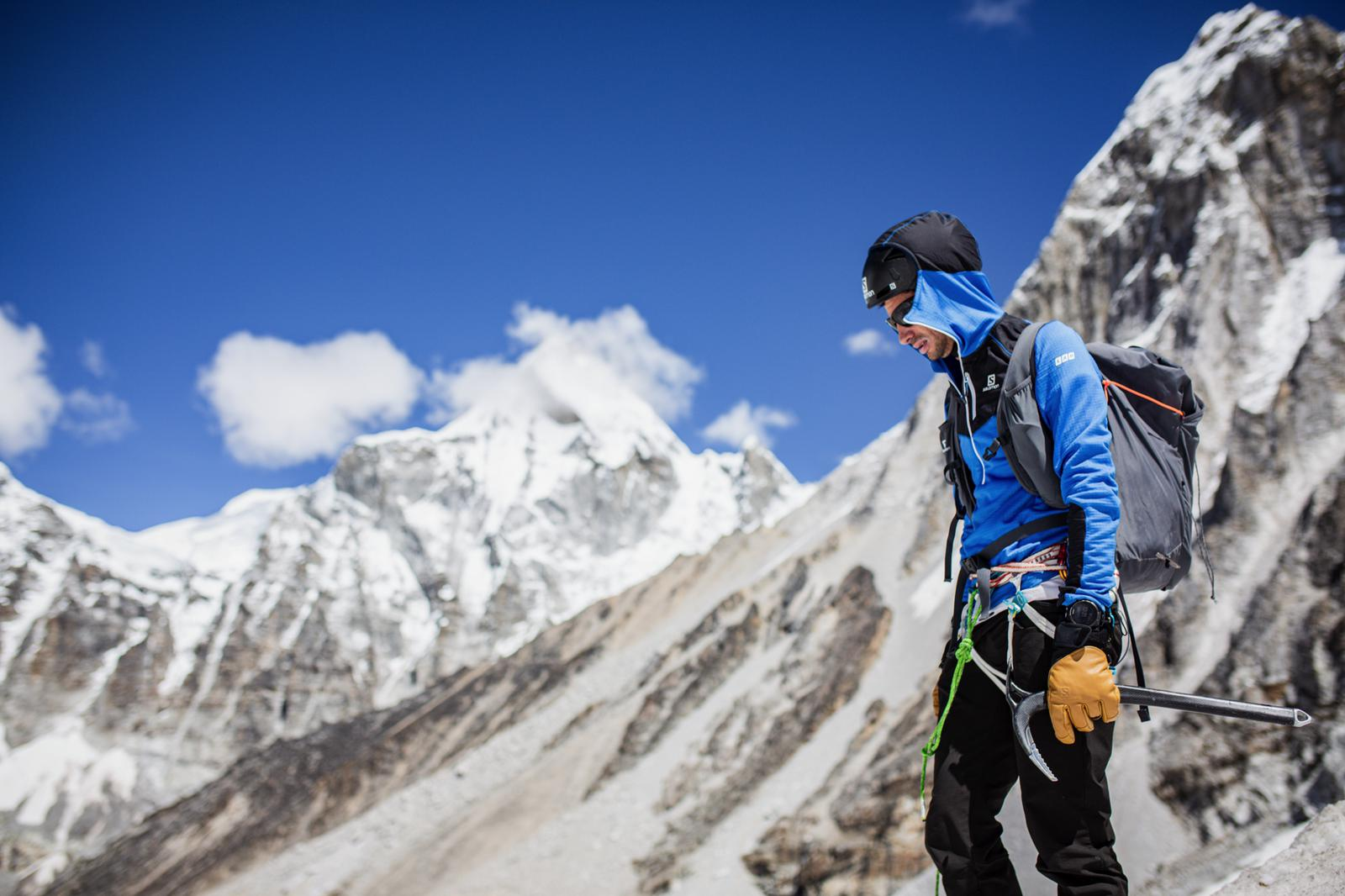 Kilian Jornet am Weg zum Mount Everest. Foto: Philip Reiter