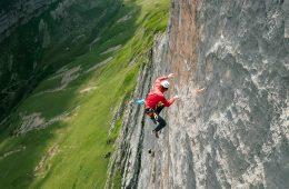 Michi Wohlleben stürzt an der Dreifaltigkeit im Schweizer Alpsteingebirge.