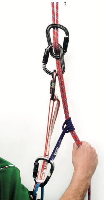 Achtung: Ein Prusik- oder alternativer Klemmknoten ist zur Hintersicherung essenziell.